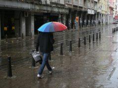 валежи, дъжд