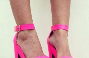 розови сандали