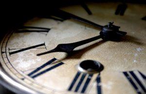 променяме часовника