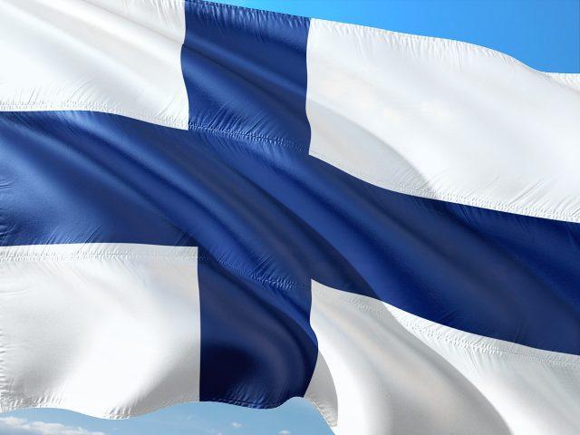Финландците
