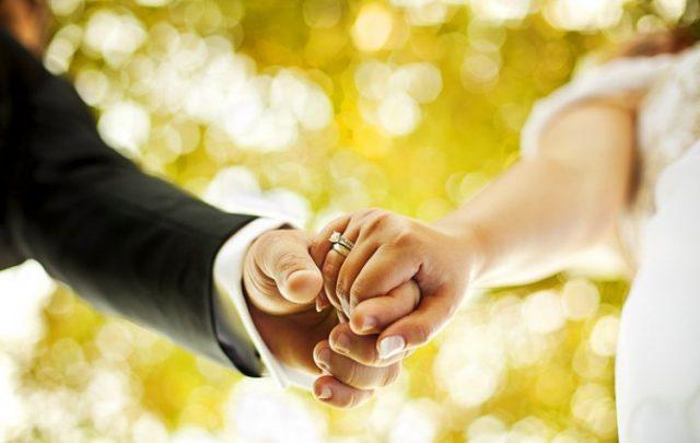 Бракът допринася за намаляване на риска от развитие на сърдечно-съдови заболявания, включително инсулт, както и преждевременна с