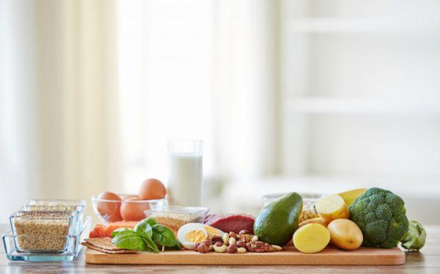 Правилното хранене е основният компонент за здравословен начин на живот. Можете да спортувате много, но ако в същото време ядете нездравословна храна, ст