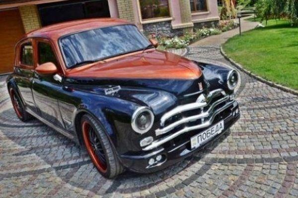 Автомобилен ентусиаст от Днепър преработи прочутия съветски автомобил ГАЗ М-20