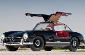 Група от водещи автомобилни дизайнери направиха класация на най-красивите автомобили. В нея попадат предимно модели, произведени пр