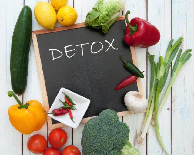 Комбинацията от целина и моркови ускорява метаболизма независимо дали са приемани под формата на салата или фреш. Те обаче имат