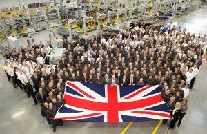 Най-големият британски автомобилен производител Jaguar заплаши да напусне страната, ако Brexit се състои според плановете на правителс