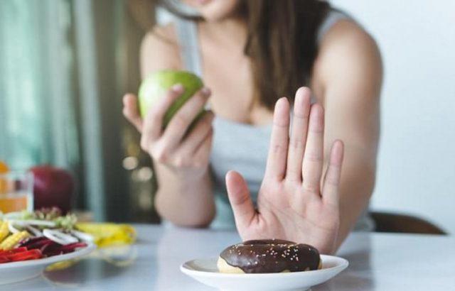 Всеки знае, че яденето на прекомерни количества сладко не е добро за здравето. Но поддържането на апетита за сладкиши под контрол че
