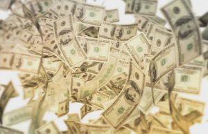 """Жител на град Сан Хосе в Калифорния спечели над половин милиард долара на лотарията """"Мега милиони"""", предадоха световните агенции. Шестдесет и"""