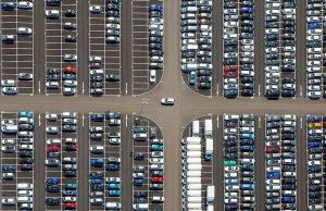 8,401 млн. нови леки и лекотоварни автомобили са били продадени в световен мащаб през юни, съобщи американската консултантска компания LMC Automoti
