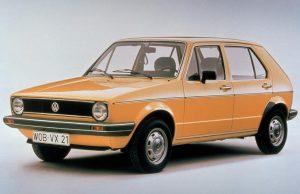 Има автомобили, които повлияха върху развитието на автомобилната индустрия в такава степен, че без тях е невъзможно да си представим нейнот
