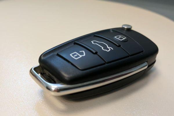 Трябва ли винаги да увивате ключа от автомобила си в метално фолио? Звучи като онези преувеличени