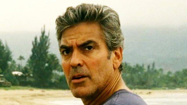 Киноактьорът Джордж Клуни е бил хоспитализиран, след като е попаднал в пътен инцидент с мотоциклета си на остров Сардиния.