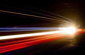 скоростта на светлината