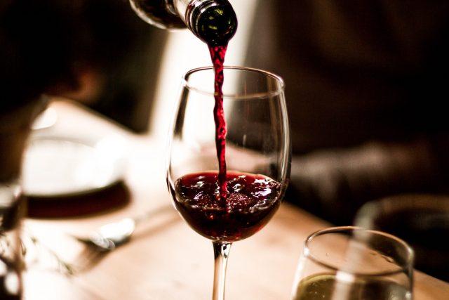 греяното вино