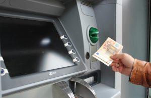 "Банкомат ""изплю"" 10 000 евро"