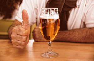 Британска кръчма сваля цената на бирата заради Брекзит