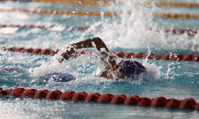 допинг плуване