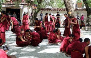 тибетските монаси хранене